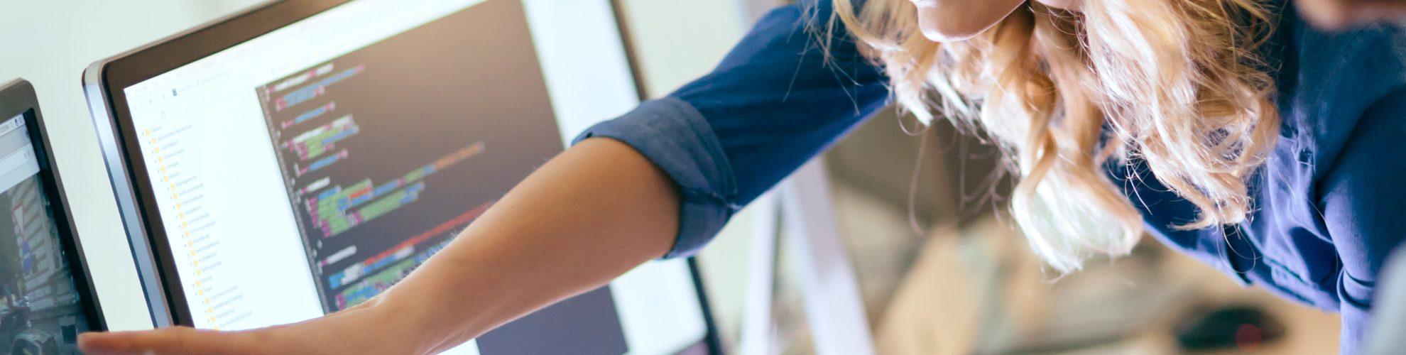 Le istruzioni dell'Agenzia delle Entrate e le modalità di trasmissione dei corrispettivi giornalieri per gli esercenti sprovvisti di registratore di cassa telematico, con invio diretto o tramite commercialista intermediario abilitato al Sistema di Interscambio.